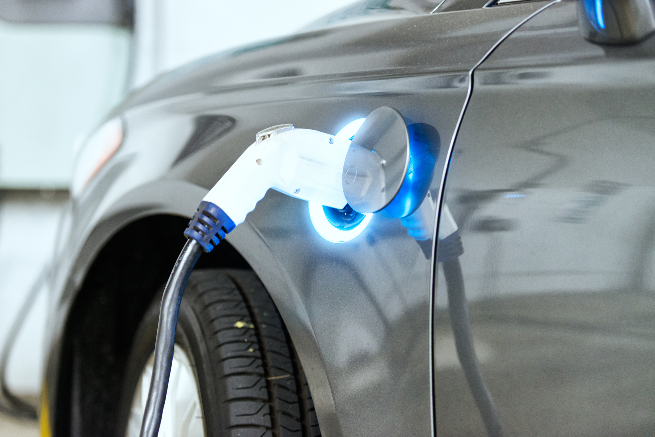 EV owners advised to unplug during lockdown